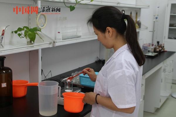 中国网带您了解碘盐生产过程(组图)