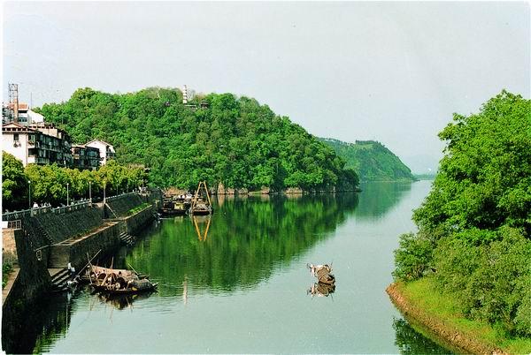 浙江网宣邀您看:桐庐变美丽资源为美丽经济