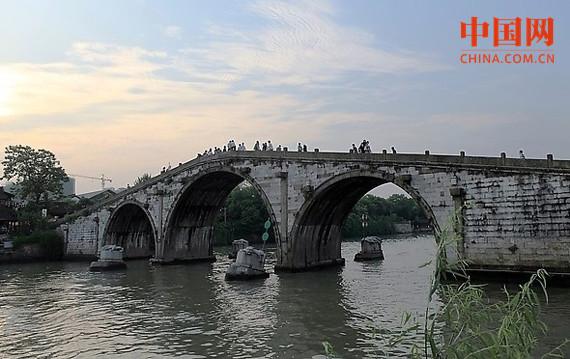 申博现金网现场赌博:杭城历史建筑终有专属档案 120余处公共建筑记录在册