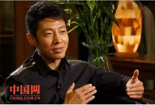 菲彩国际博彩城夏怡 菲彩国际博雅扑克在线视频下载