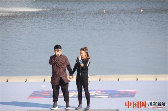 著名艺术家和歌手在浙江千岛湖参与《中国情歌汇》录制
