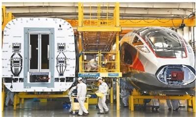 中国高铁驶向世界最高舞台技术引进服务于自主创新