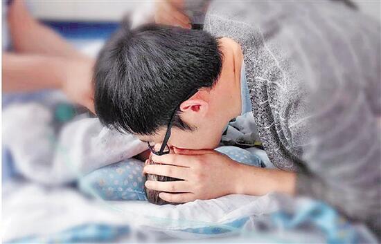敏锐异物毁伤消化道黏膜可显示便血呕血